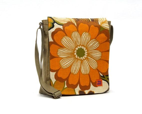 Canvas Crossbody Bag | Messenger bag | Retro Shoulder bag upcycled with original vintage fabric by EllaOsix