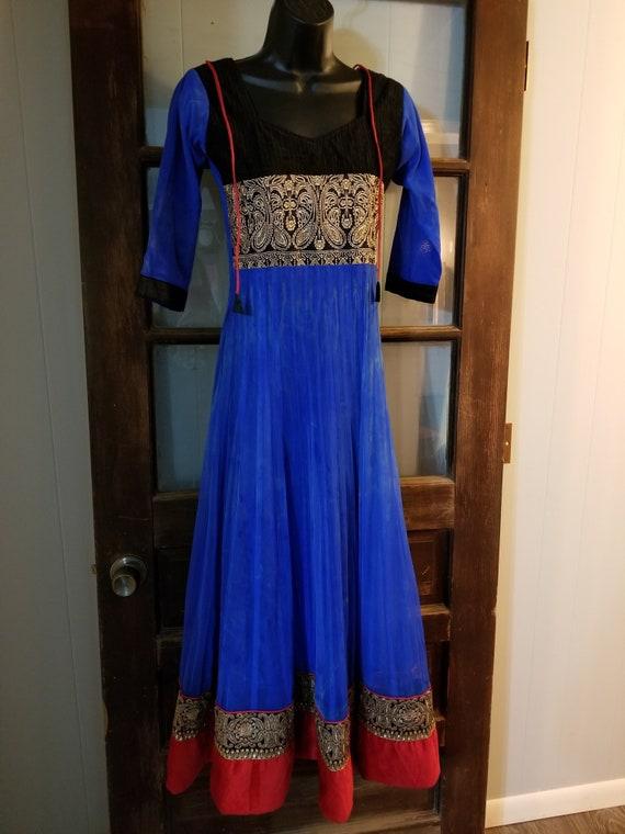 Renaissance Faire blue dress red and black trim wi