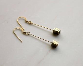 Gold Drop Earrings, Minimalist Drop Earrings, dangle earrings, Delicate Earrings, handmade jewelry, cube earrings, geometric jewelry