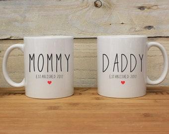 Chopes à papa maman, maman papa Est, ensemble de tasse en céramique, nouveaux Parents, la fête des mères, fête des pères, mignons tasses en céramique, Couples Mugs--27144-CM05-601