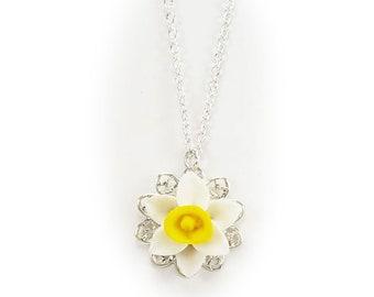 Daffodil Charm Necklace - Daffodil Jewelry, Simple Daffodil Necklace, Minimalist Daffodil Jewelry, Filigree Daffodil Necklace