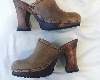 1868c6e100 Vintage wooden clogs size 8