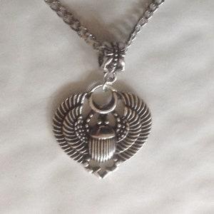 Escarabajo egipcio Símbolo Tono Plata Collar 48cm