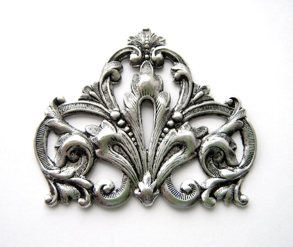 ANTIQUE SILVER FLOURISH SCROLL CREST Stamping ~ Oxidized Finding FA-6081