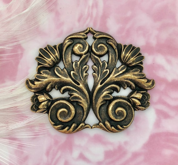 French Ornament Panache Filigree Stamping BRASS 2 Pieces FB-6065 Flat