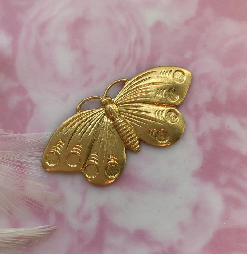 FA-6035 BRASS Moth Cabochon Butterfly Stamping Jewelry Cabochon Finding