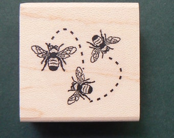 3 little bees flying rubber stamp P5