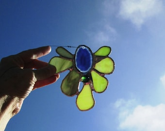 Stained Glass Flower Suncatcher with Agate Centerpiece and Beads - Forest Canopy