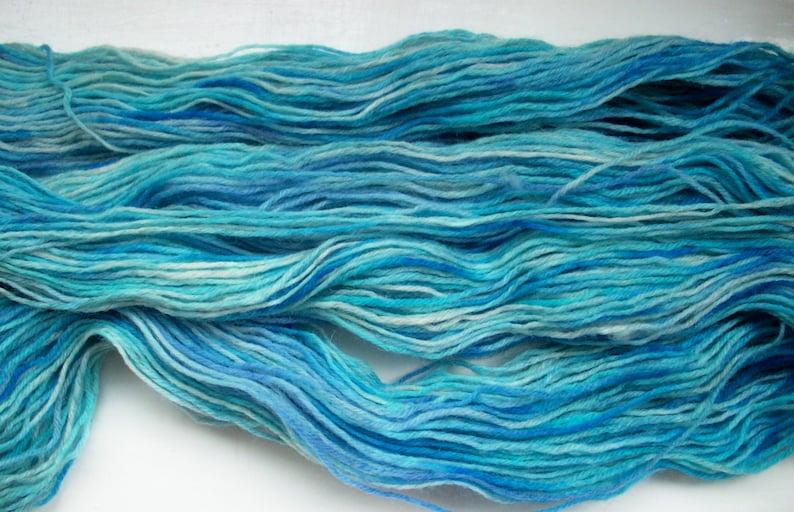 blue Sock yarn marine hand painted hyacinth purple 100g by SpinningStreak hand dyed wool