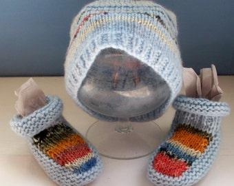 Baby hat bootees set unisex Rowan wool pale blue bright trim by SpinningStreak