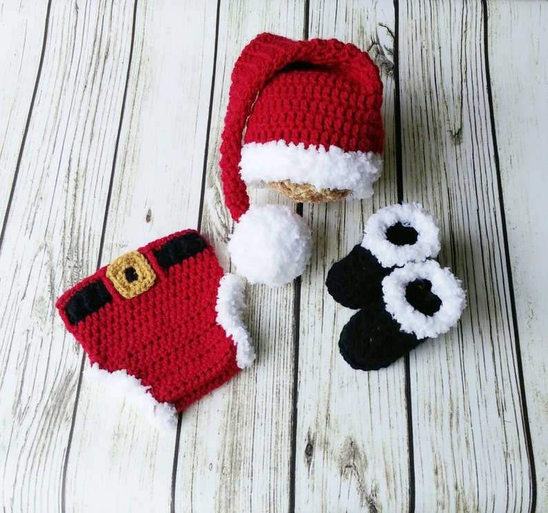 2b1bb39fc Crochet Santa outfit Santa Hat Diaper cover bootsnewborn