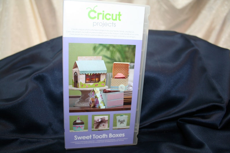 Sweet Tooth Boxes Cricut\u2122,cartridge,Unlinked,Holiday,Scrap booking,Paper crafting,Home Decor,Boxes,3 D projects SEWBUSY12 Gift Container
