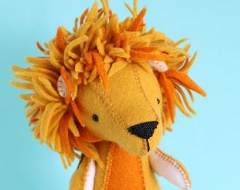 lion pdf pattern, felt lion pattern, diy lion, plush lion pattern, pdf toy pattern, plush pdf pattern, felt lion pdf, lion, L is for Lion