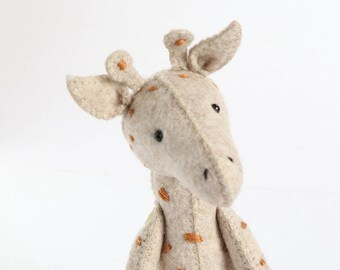 felt giraffe pdf, giraffe PDF, plush pdf pattern, giraffe softie pdf, stuffed animal pdf, giraffe sewing pdf, G is for giraffe,