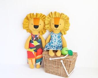 Lion sewing pattern, plush pattern, digital download, stuffed lion, lion, stuffed animal, indie sewing pattern