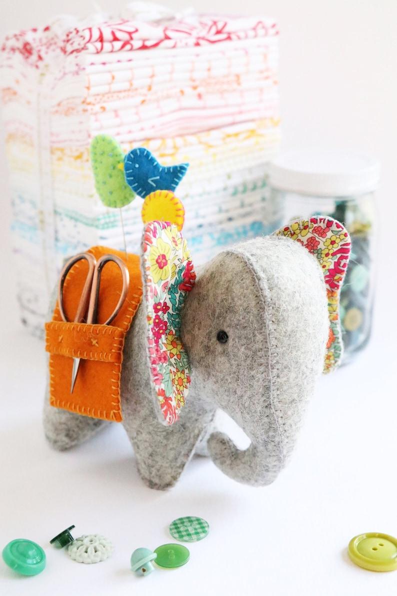 elephant pin cushion pattern elephant pattern felt elephant image 0