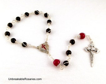 St James Rosary Chaplet with Santiago de Compostela Crucifix in Gray and Red by Unbreakable Rosaries