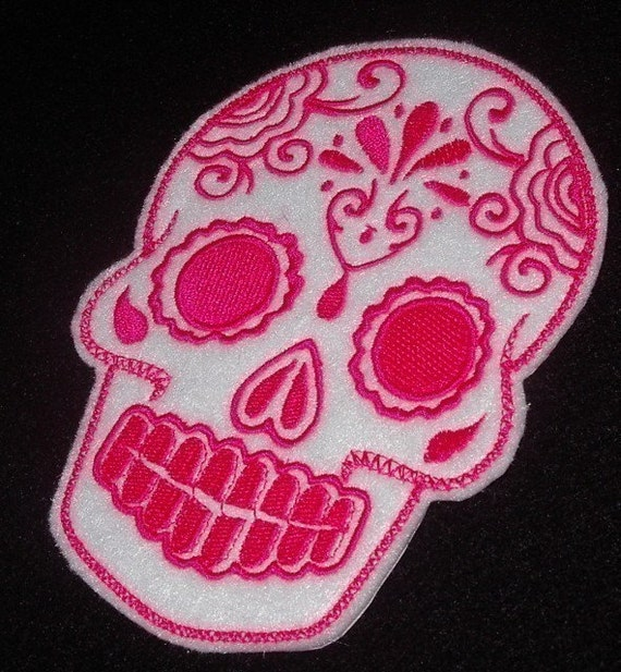 Day of the Dead,  Sugar Skull embroidery patch white with hot pink stitches