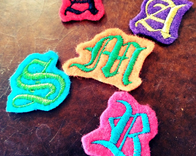 2 inch Letter embroidered patch Old English
