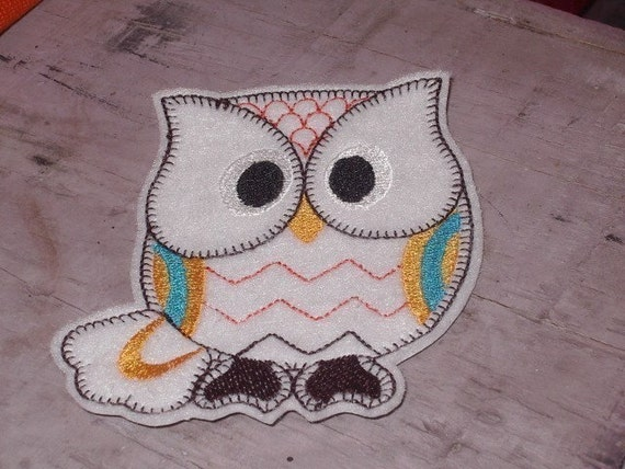 Retro Style Embroidered  Owl patch