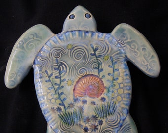 Ceramic Sea Turtle wall tile, bath decor, beach decor, turtle lover gift, wall hanging , garden art,
