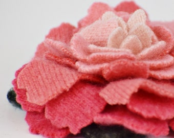 Recycled Cashmere Handmade Flower Pin Brooch #008