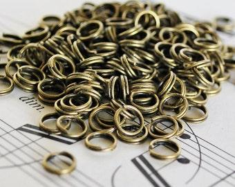 200 6mm Antiqued Brass Split Rings