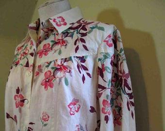 53536d999b7 Pink print Vintage cotton 70s Dogwood Print Blouse vintage 70s Romantic  print Blouse floral print Cream cotton shirt M