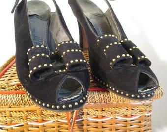 68e7428899255c 40s Navy Blue Shoes Platform Vintage Peep Toe Shoes Gold metal Studs Bow  trim 40s peeptoe blue suede shoes vintage 40s slingback heels 7 AA