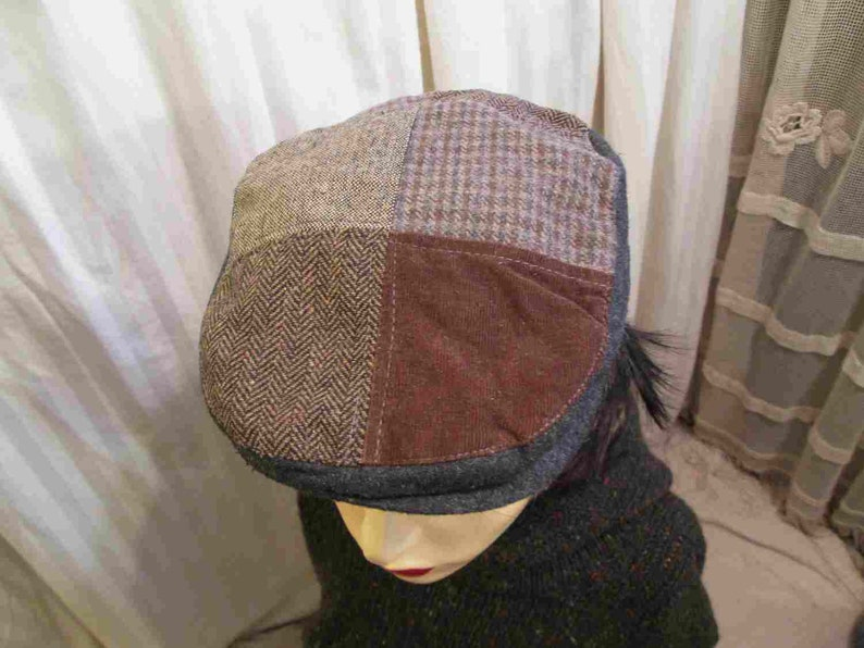 e980207d2ed Patchwork Tweed vintage drivers cap Brown velvet and Gray wool