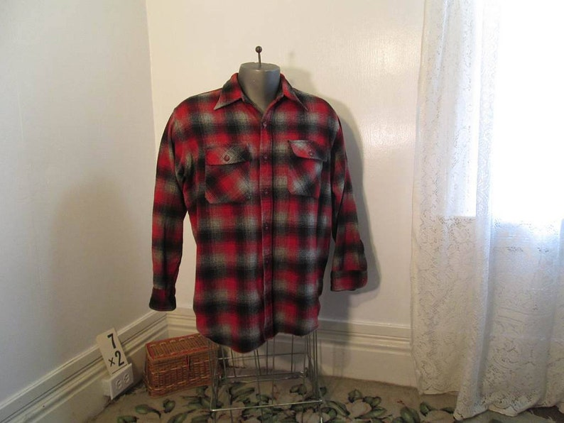 84e280d56a 1930s winter Red Plaid shirt Vintage 30s vintage wool Shadow
