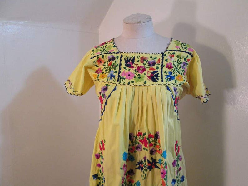 04ea32b807 Yellow 50s Mexican vintage dress Swallows bird and floral | Etsy