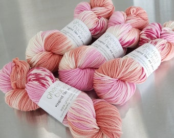 """Peachy Keen"" on Simple SW Aran - Hand Dyed Splashy Multicolor Yarn"