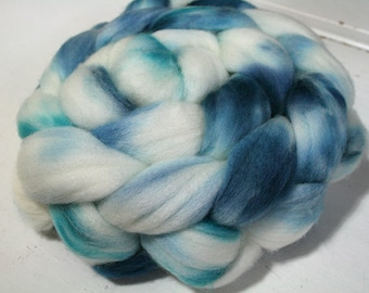 "Hand Dyed Fiber, ""Winter Cower"" colorway, SW Merino Wool Fiber, Spinning Weaving Fiber"