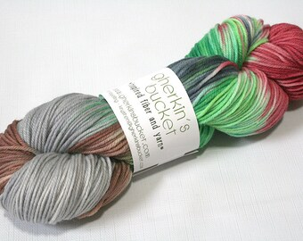 "Hand Dyed DK Yarn, ""Clover-Wrapped Bleeding Heart"" (lot 22616), Hand Painted Yarn, Variegated Yarn, Superwash Merino Wool, Simple SW DK"