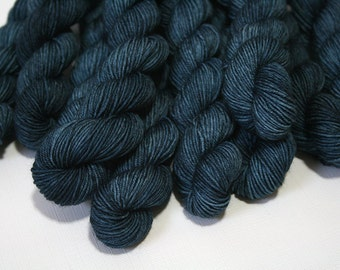 "Hand Dyed Sock Yarn, ""Threadbare"" (lot 72216), Tonal Kettle Dyed Sock Yarn, Semisolid SW Merino Nylon Yarn, 20g Quick Step MINIS"