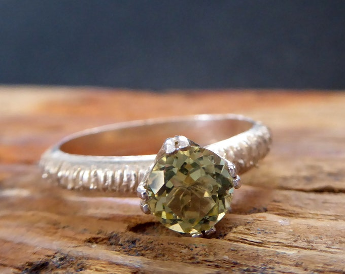 Peridot Ring Silver Green Jewerly August Birthstone Alternative Engagement Ring Gifts for Her