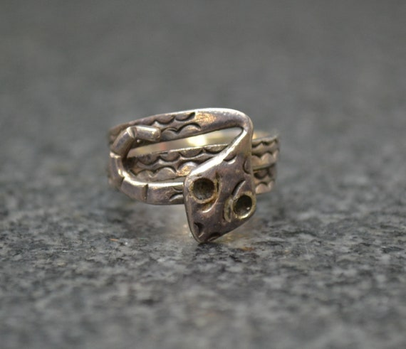 Old Pawn Snake Ring Sterling Silver  - Size 5.5