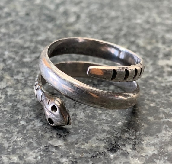 Old Pawn Snake Ring Sterling Silver  - Size 7