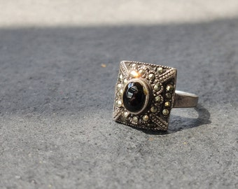 Vintage Victorian Gothic Marcasite and black onyx sterling silver ring sz 5.5 Free worldwide shipping