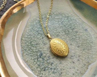 Woodland locket - small vintage oval locket necklace in golden brass on 16k gold chain