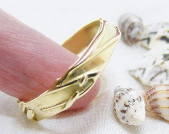Size T 18ct gold band ring, us 9 3/4, handmade textured 18ct gold ring, fluid by design,