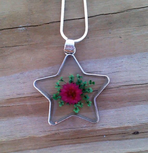 Organic Victorian Dried Flowers Encased in Resin Silver STAR Pendant Ln1065 Rustic Botantical by Lynn Terrarium Dried Flower jewelry