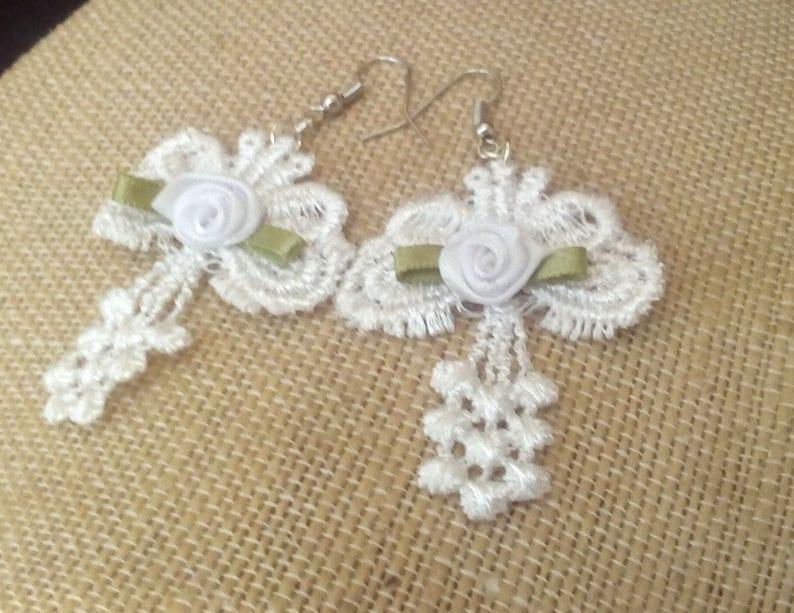 2 Long Bridal Light weight earrings by Lynn Ln737 Wedding Boho White Lace Bow /& Ribbon Rose Earrings Steampunk
