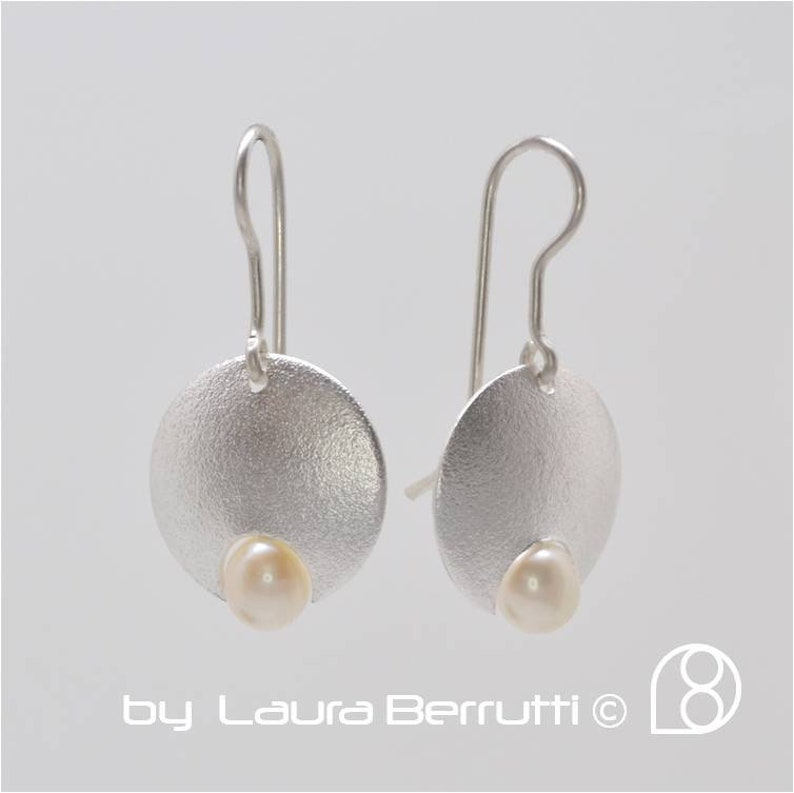 Sterling Silver Round Dome Earring with Pearl
