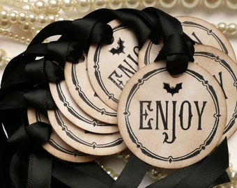Halloween Wedding, Halloween Favors, Gothic Favor Tags, Treat Bag Labels, Set of 25, Gothic Wedding Tags, Bat Wedding Tags, Bridal Shower