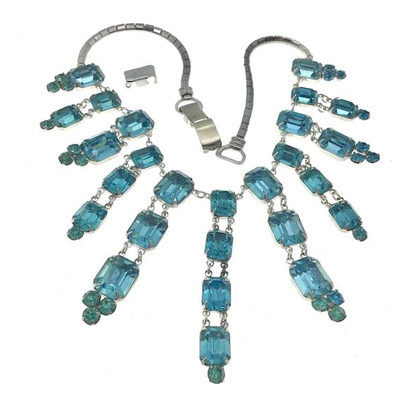 FANTASTIC Vintage Coro Necklace, Coro Bib Necklace