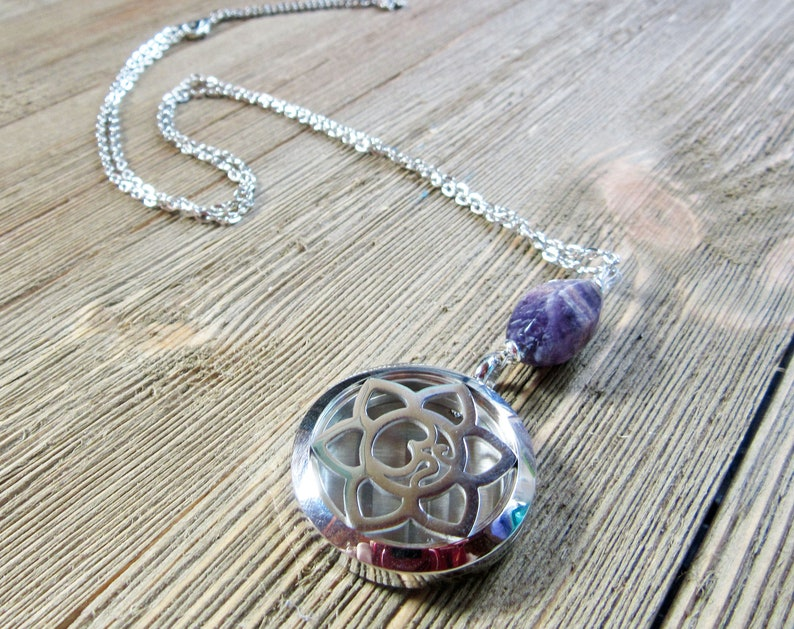 Diffuser Pendant Essential Oil Necklace Aromatherapy Pendant Amethyst Necklace POWER STONE NECKLACE Necklace For Gift