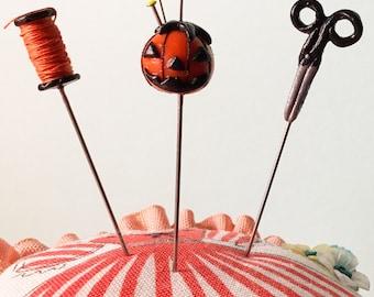 Halloween Seamstress' Trio Pin Topper Set Jack-O-Lantern Thread Black Scissors
