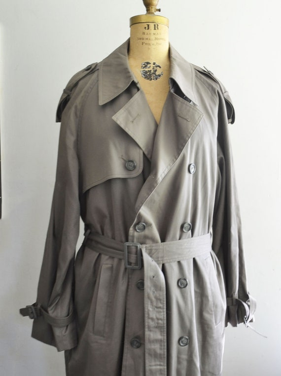 novel style the latest top-rated newest Yves Saint Laurent Trench-Coat / Gray YSL coat size 44R